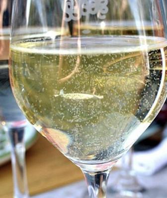 vins pétillants champagnes