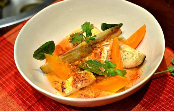 Poulet au Curry Rouge Thaï lait de coco