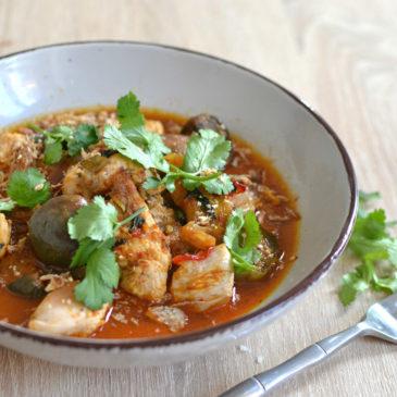 Poulet au curry rouge thaï au lait de coco : la recette facile
