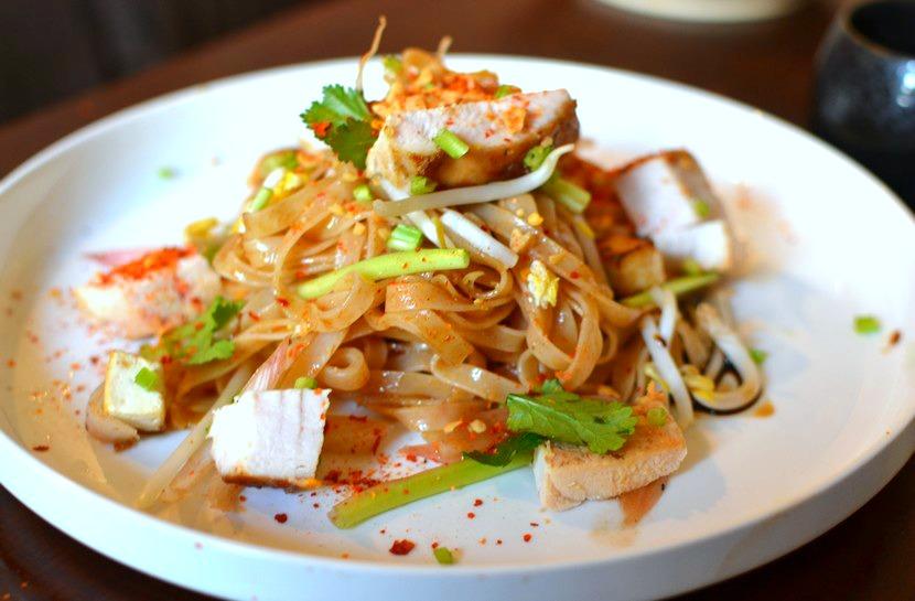Pad Thaï au poulet : la recette Thaï emblématique