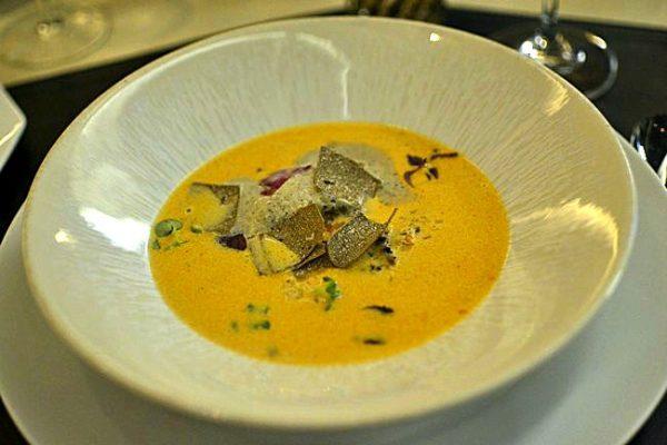 Restaurant 39 V - Vardon - Bisque de langoustine, crème de truffe