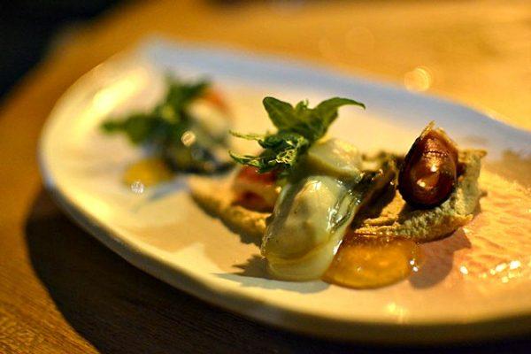 Restaurant Miles Bordeaux - Huître Magret Prune Noisette