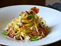 Pates au gorgonzola, jambon italen parmesan