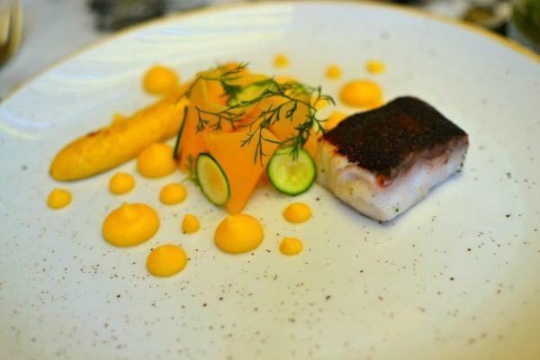 Restaurant Quintonil - Vivaneau en croûte de Chipotle, courge - ananas