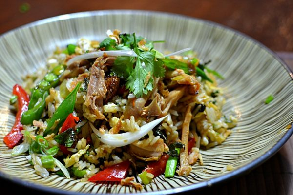 l 39 authentique recette du riz saut au poulet tha landais khao pad kai. Black Bedroom Furniture Sets. Home Design Ideas