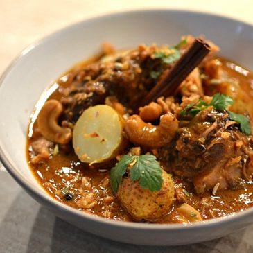 Agneau confit au curry thaï Massaman