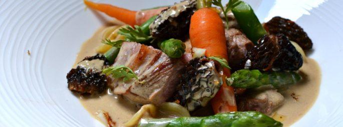 Sauté de veau aux morilles et au vin jaune : la recette facile faite maison