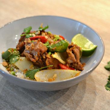 Agneau sauté à la thaï : la recette aux riches parfums du Siam