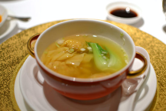 Restaurant Shang Palace Paris - Soupe ravioli wonton