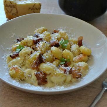 Gnocchi à la carbonara : la recette de gourmande à l'italienne