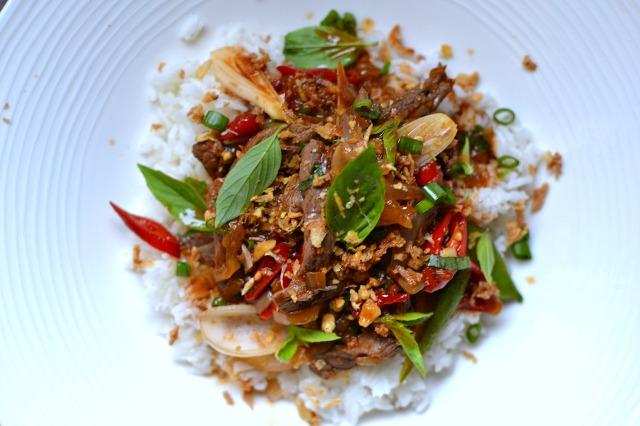 Boeuf saute au basilic thai recette