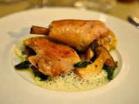 Restaurant Quinte Paris - Volaille Cèpes Jus d'Herbes