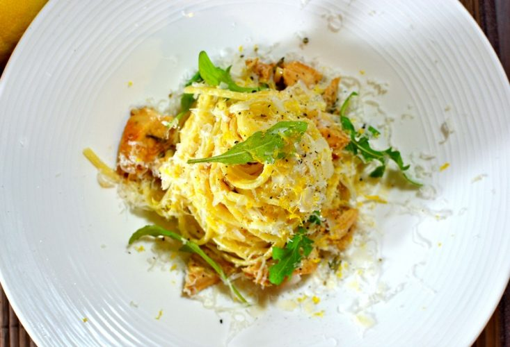 Pâtes au citron, ou pasta al limone, et poulet grillé