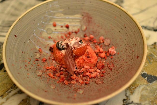 Restaurant Quintonil - Declinaison de fruits des bois et gelée de vin blanc