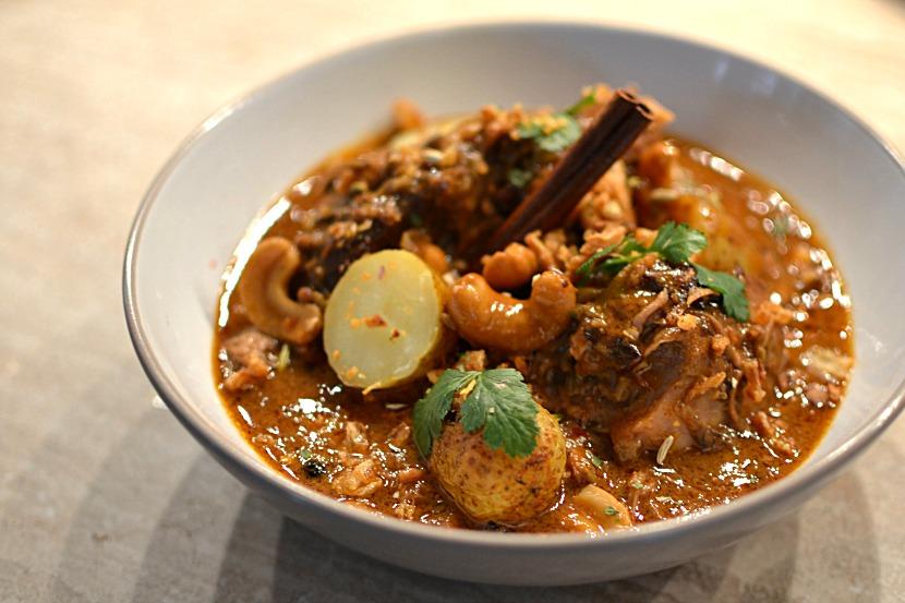 Agneau au curry massaman