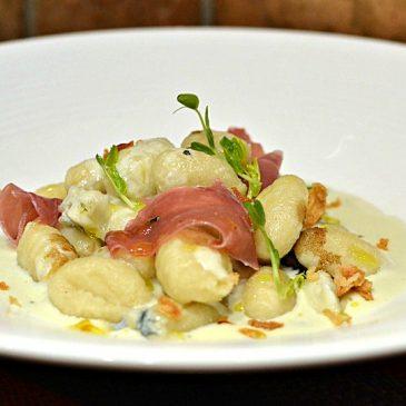 Gnocchi au gorgonzola et au jambon de Parme : la recette italienne
