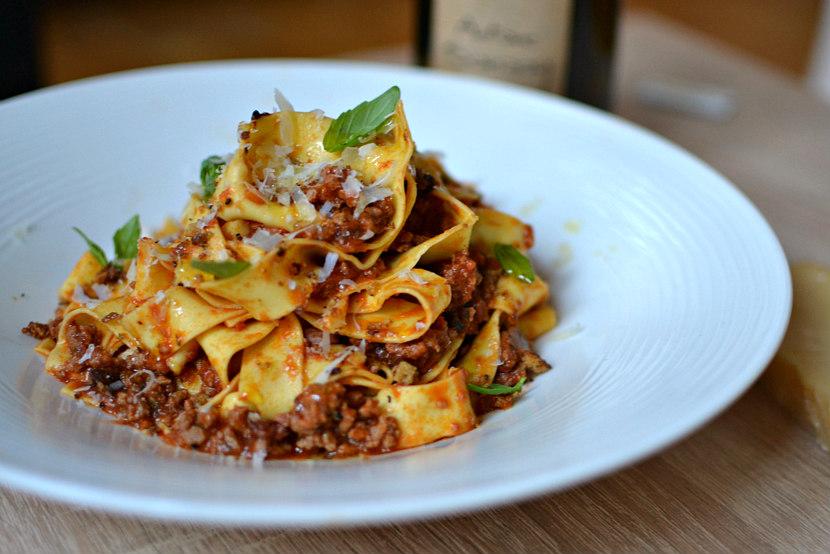 P tes la sauce bolognaise maison la v ritable recette italienne - Cuisine italienne recette ...