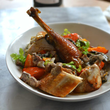 Poulet rôti au foie gras, champignons et potimarrons : idéale pour Noël