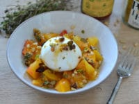 Burrata miel fruits secs et thym