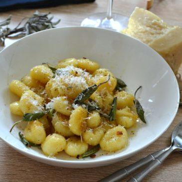 Gnocchi au beurre de sauge : gourmandise italienne en toute simplicité