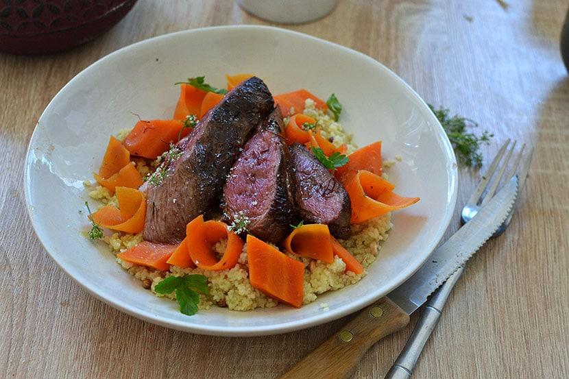 Magret de canard au miel et au safran, carottes au miel recette