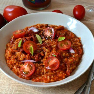 Risotto à la tomate : le risotto 100% végétal tout rouge !